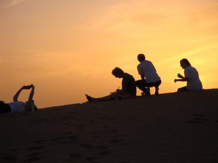 Trek Sahara - sunset silhouette