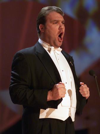 Bryn Terfel singing at Nobel Peace Prize