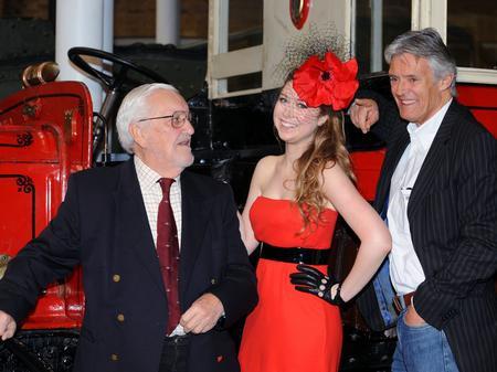 Hayley Westenra, Bernard Cribbins, Simon Williams