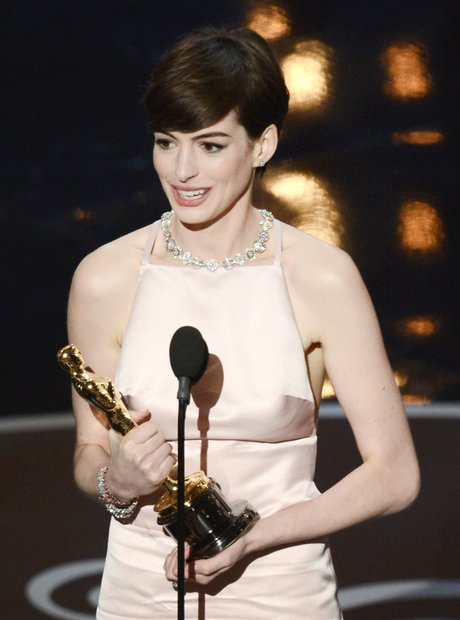 Anne Hathaway winner at the Oscars 2013 Awards Sho