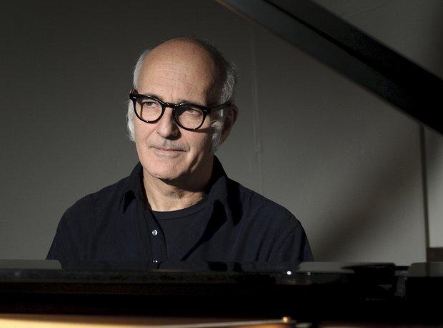 Einaudi piano composer pianist