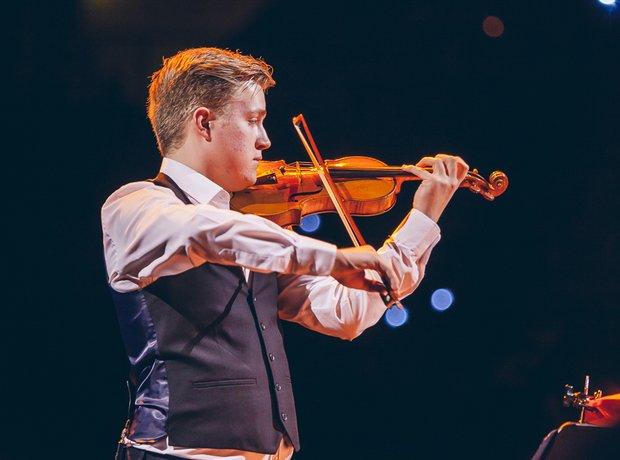 Glantaf Duo performance School Proms 2014