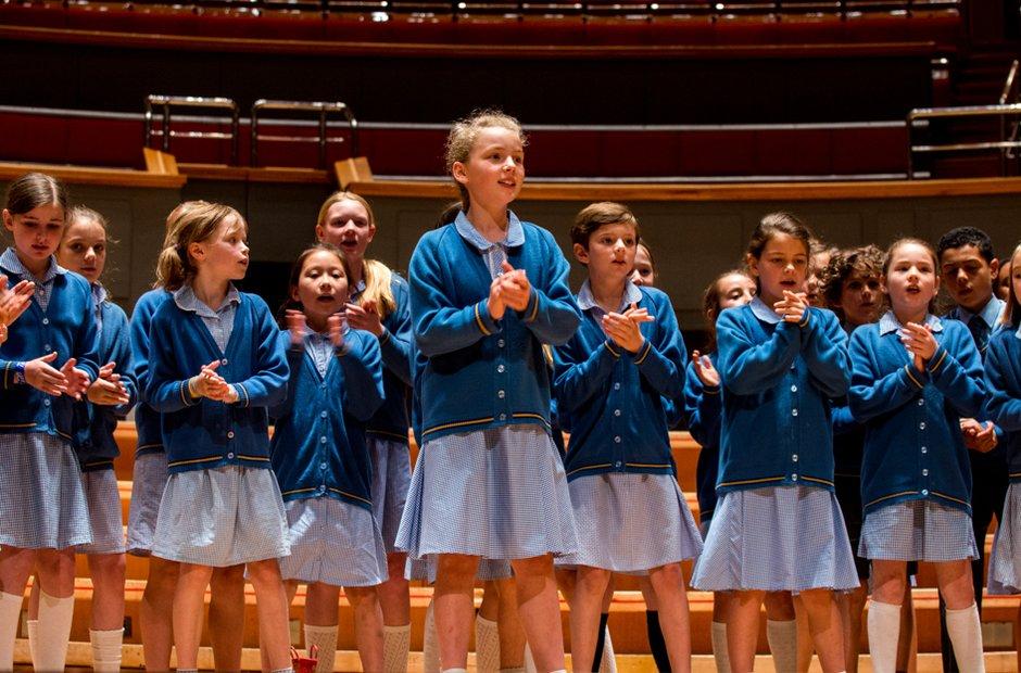 Larmenier & Sacred Heart Primary School Choir