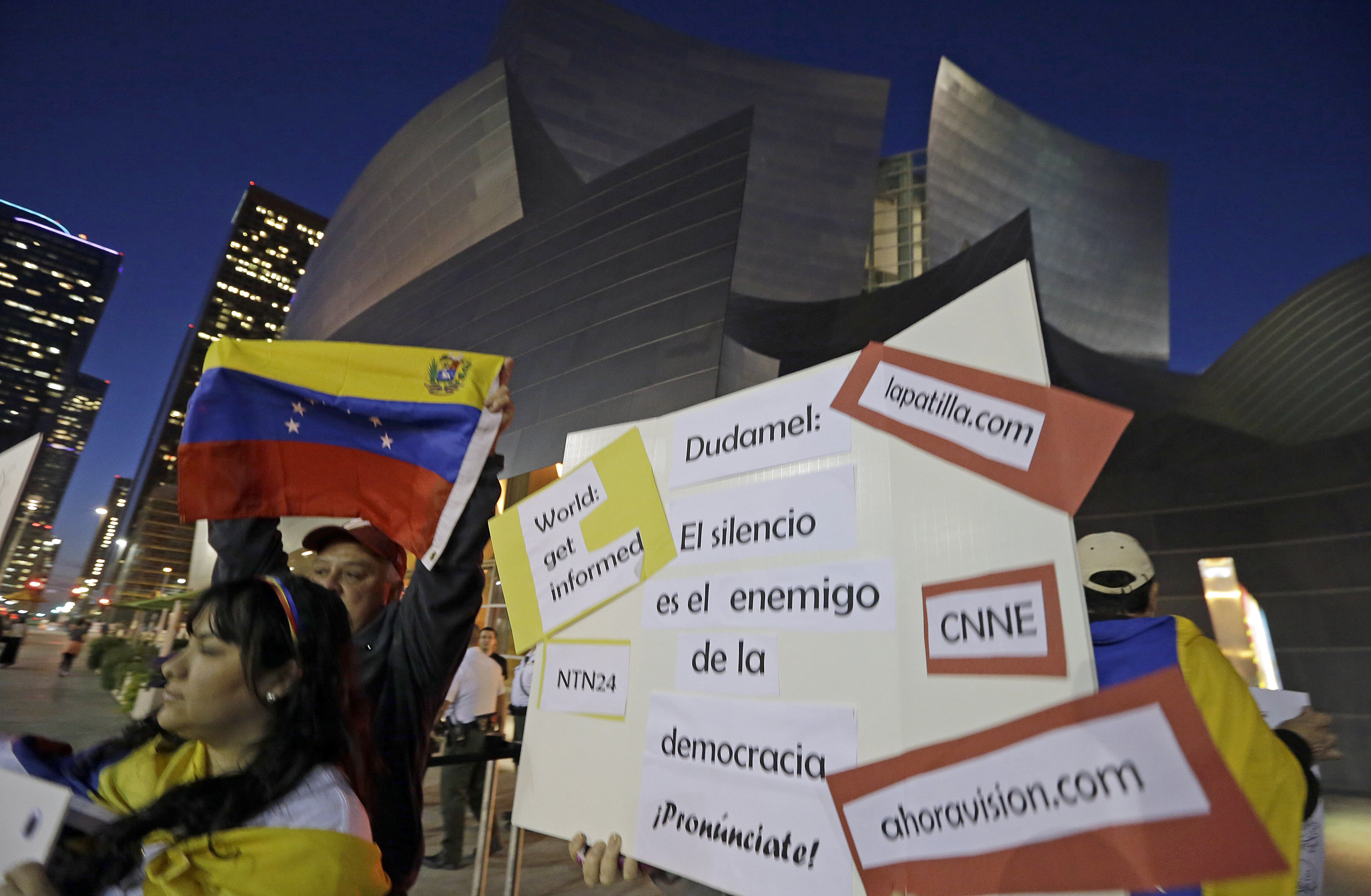 Protestors outside the LA Phil concert hall 2014