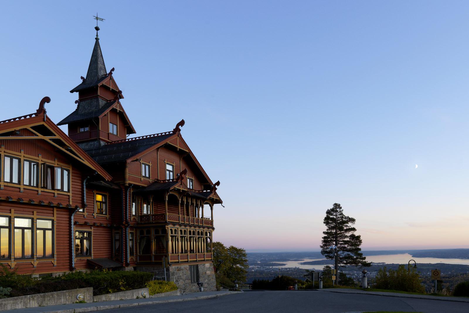 Holmenkollen Park Spa Hotel
