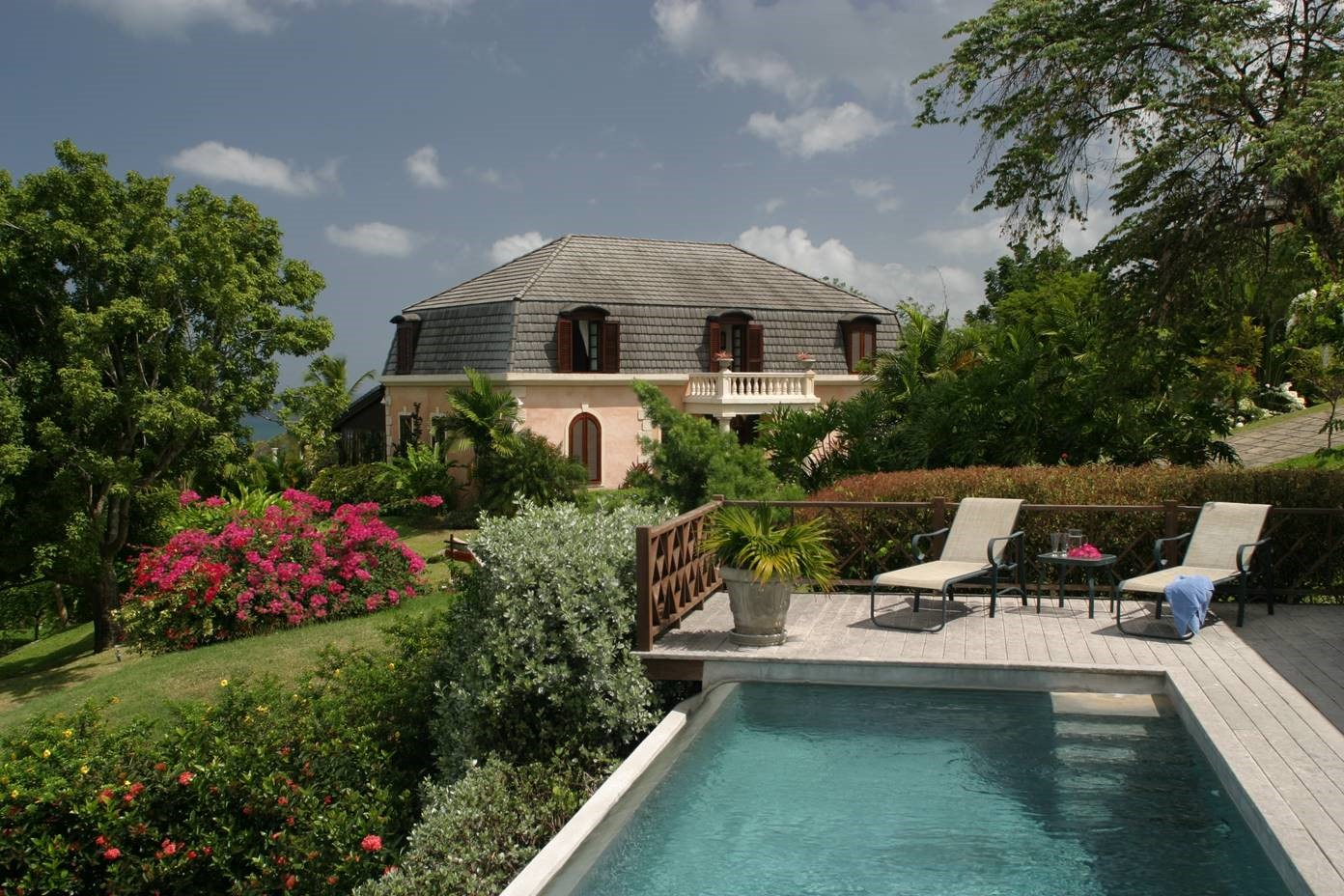 Stonehaven Villas