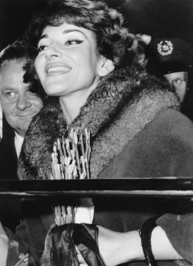 Maria Callas arriving in Berlin in 1959