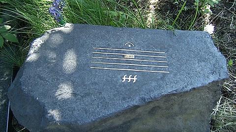 Alfred Schnittke gravestone