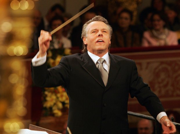 Mariss Jansons conductor