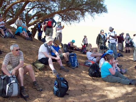 Trek Sahara - lunch stop