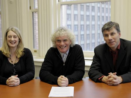 Simon rattle signs contract with EMI Classics