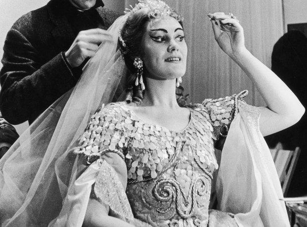Joan Sutherland: A Life In Pictures