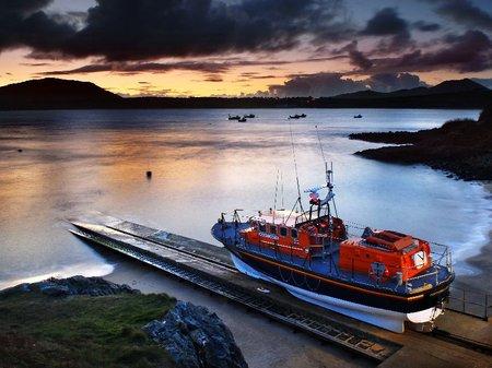 RNLI boat Porthdinllaen Tyne