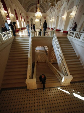 Bolshoi Theatre Reopens