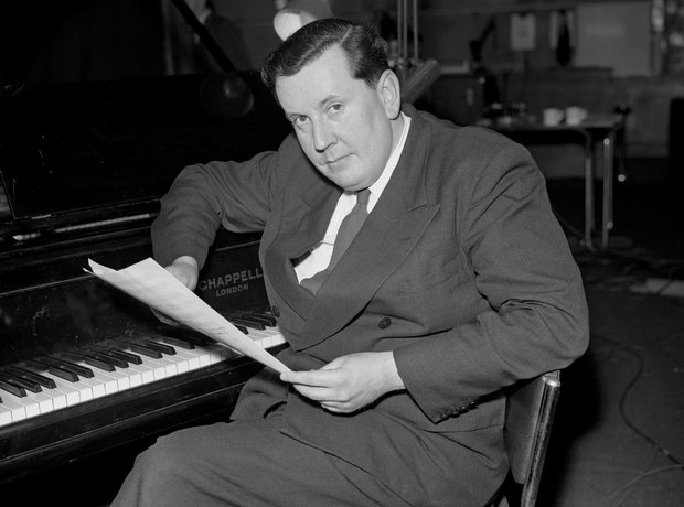 Malcolm Arnold Grand overture hoover