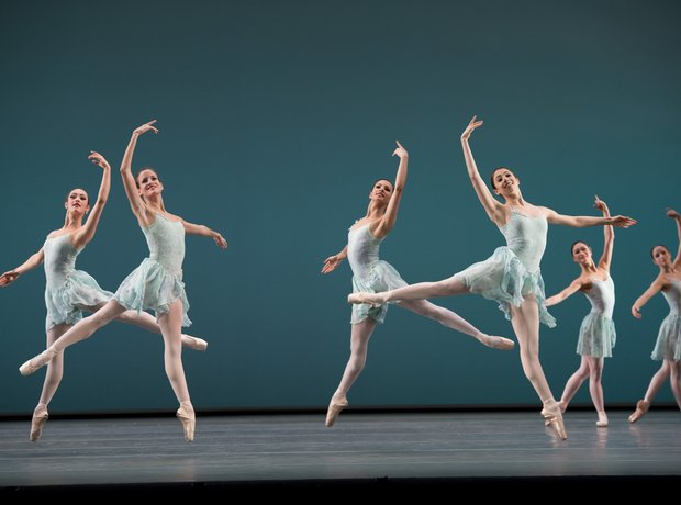 The Royal Ballet in Ballo Della Regina