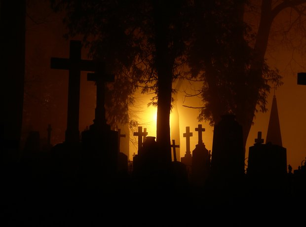 graveyard mozart requiem