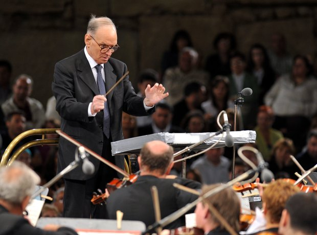 Ennio morricone conducting live