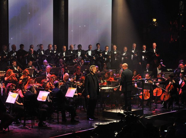 Andre Bocelli live at iTunes festival 2012