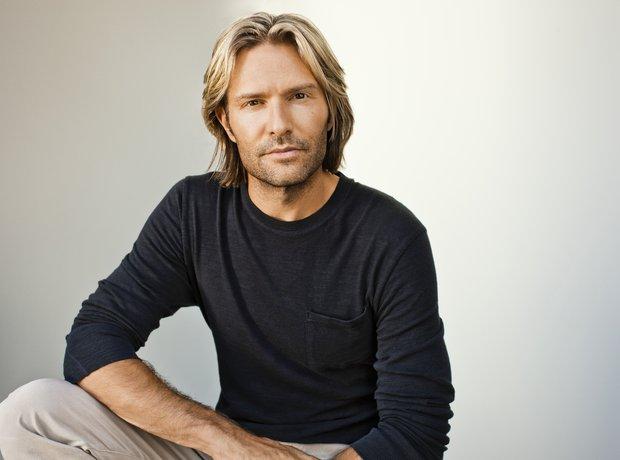 Eric Whitacre model