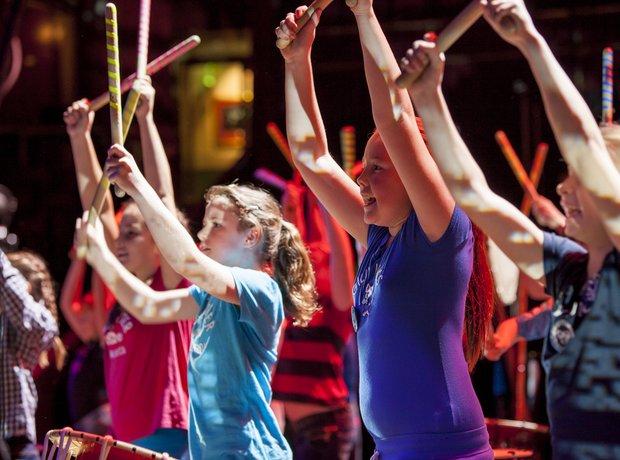 Marshfield Taiko schools prom rehearsal 2