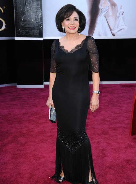 Shirley Bassey  attends the Oscars 2013 red carpe