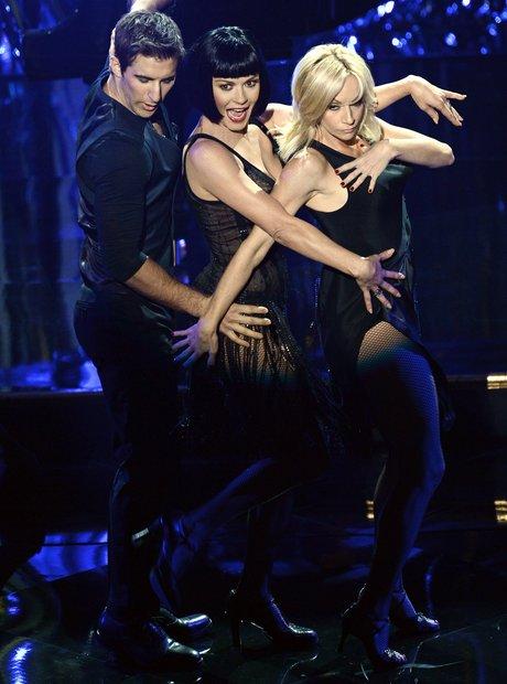 Catherine Zeta-Jones performs at the Oscars 2013 a