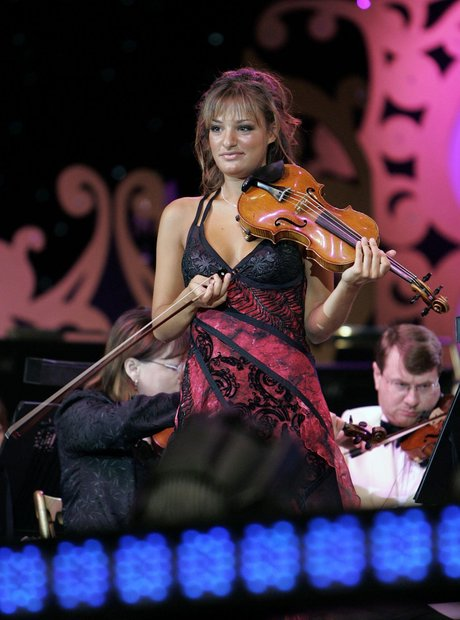 Nicola Benedetti plays at T in the park