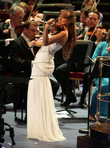 nicola benedetti white dress