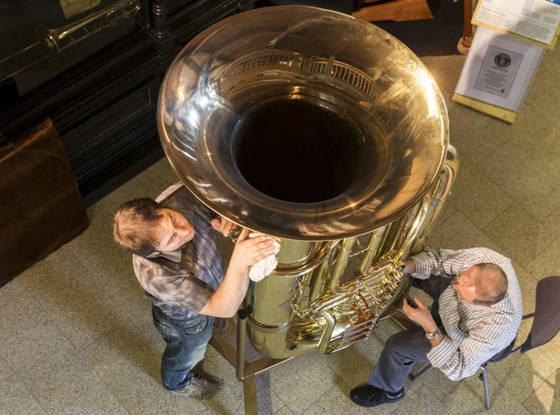 world's largest tuba