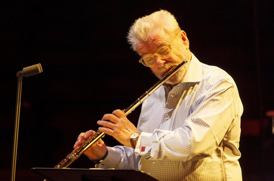 Sir James Galway Classic FM Live 2013 rehearsal