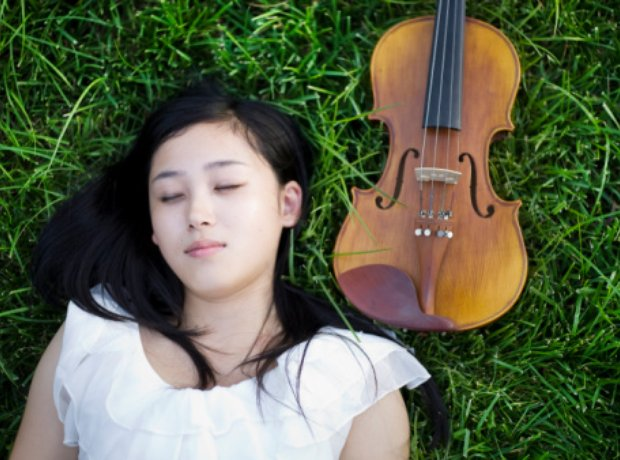 31 terrible stock photos of classical musicians - Classic FM