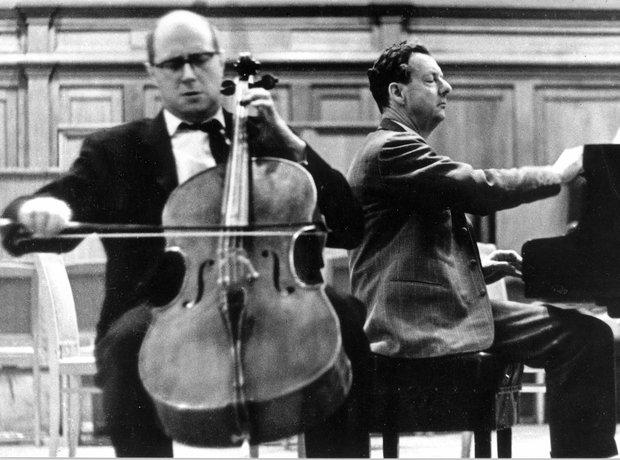 Benjamin Britten Mstislav Rostropovich Moscow