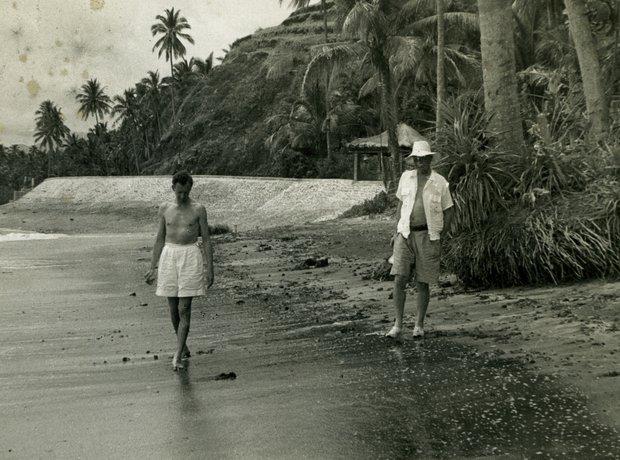 Benjamin Britten Peter Pears Bali