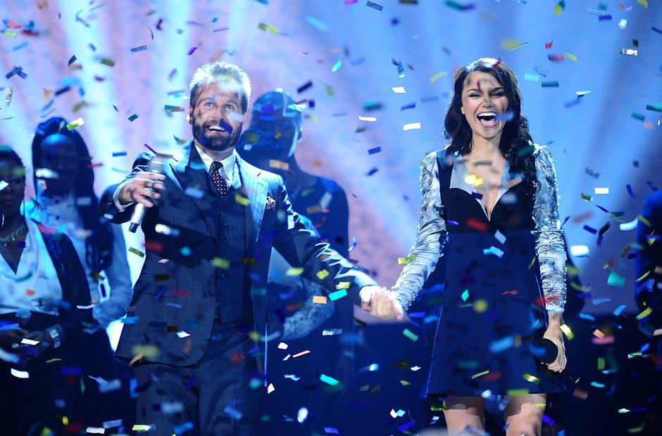 Alfie Boe and Samantha Barks Classic Brit Awards 2