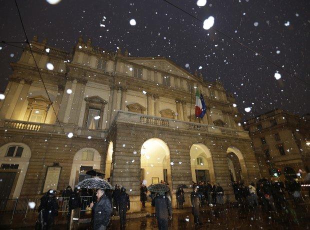 La Scala Milan snow Barenboim Verdi Wagner