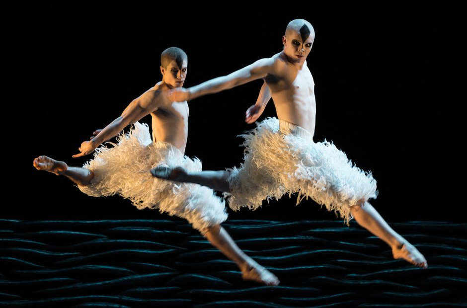 Matthew Bourne's Swan Lake - Matthew Bourne's Swan Lake at ...