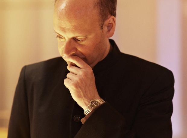 Stephen Layton conductor
