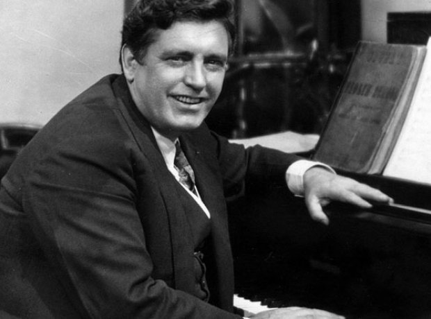 Irish tenor John McCormack