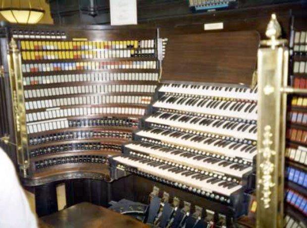 Wanamaker organ Pennsylvania Macy's