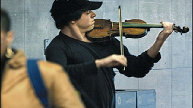 The time when Joshua Bell went busking in the subway, but no-one cared