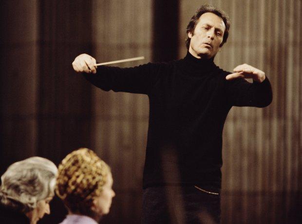 Carlo Maria Giulini violinist young