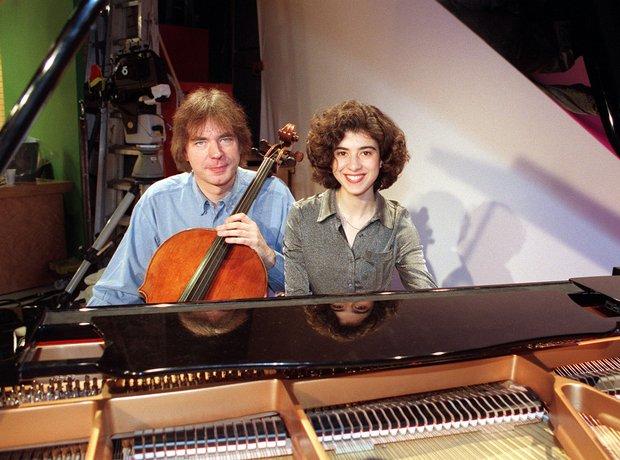 Julian Lloyd Webber cellist Anya Alexeyev