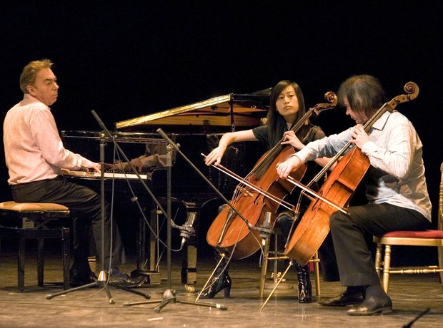 Julian Lloyd Webber cellist Andrew Jiaxin