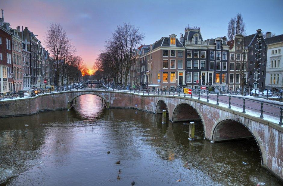 Amsterdam canal sunrise Grachtenfestival