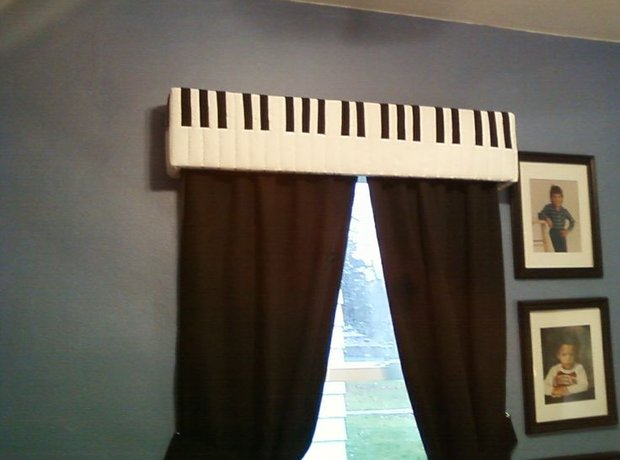 14. Piano Curtains