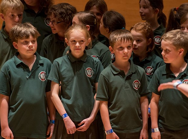 Ysgol Y Wern Choir