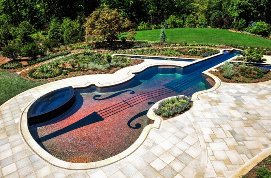Violin swimming pool