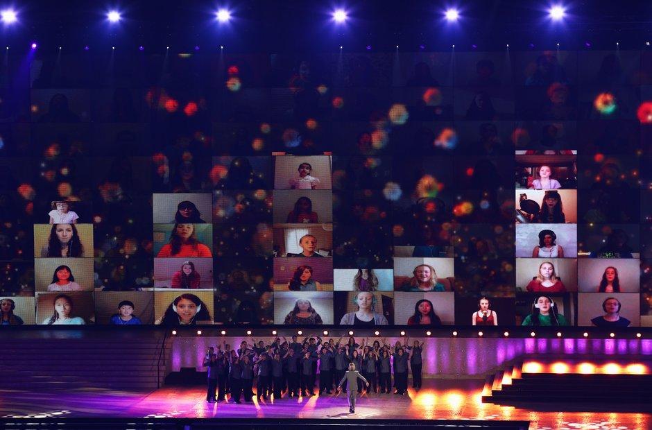 Eric Whitacre's National Virtual Youth Choir