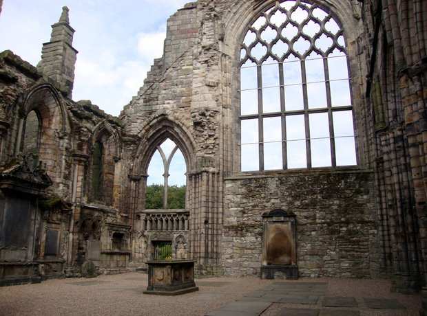 Mendelssohn Scotland Holyrood Palace Abbey ruins